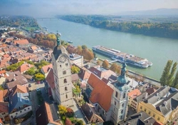 Wachau - Krems - Durnstein - Spitz - Aggstein castle