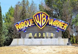 Day tour to Parque Warner