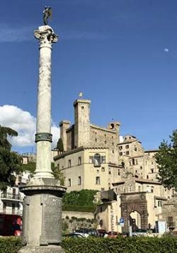 Villa Farnese - Civita di Bagnoregio - Bolsena - Viterbo