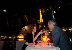 Evening cruise of Paris with dinner