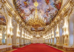 Tour Budapest - Vienna - Melk - Salzburg - Munich - Nuremberg - Prague